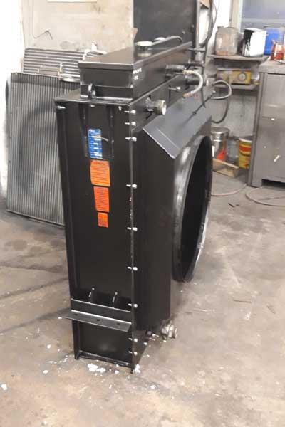Kühler Landmaschine Willibald Mietenumsetzer